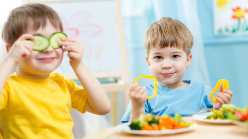 როგორ უნდა კვებონ ბავშვები ბაგა-ბაღებში – იუნისეფის სახელმძღვანელო