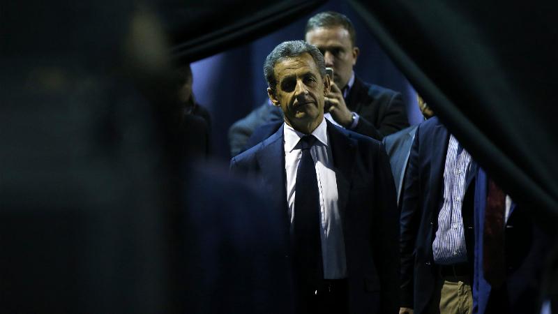 Суд приговорил бывшего президента Франции к заключению
