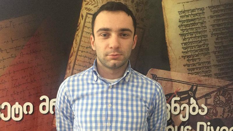 Адвокат утверждает, что полиция задержала его во время защиты клиента