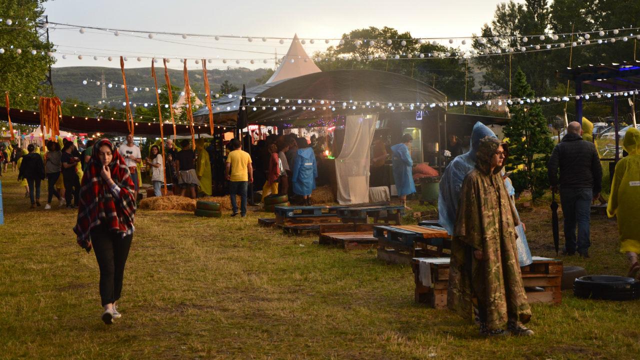 200-ზე მეტი ადამიანის მონაწილეობით კულტურული და სპორტული ღონისძიებები იკრძალება