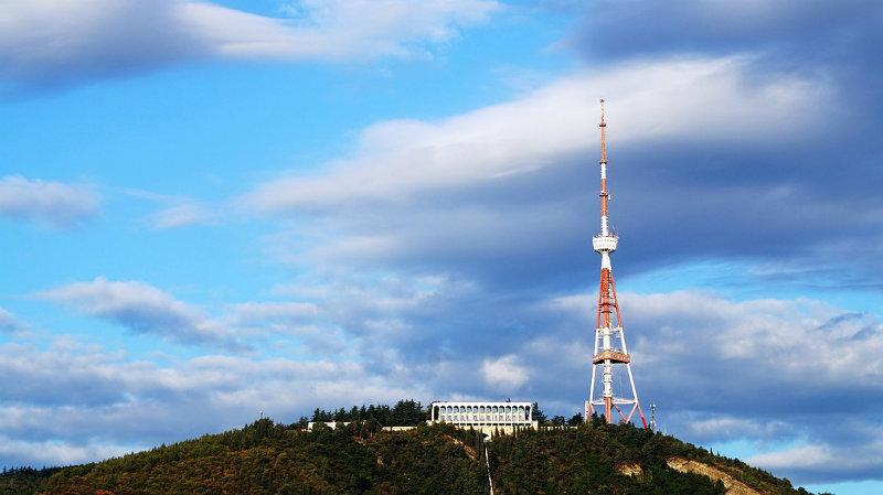 Мэрия уведомляет «о запросе выражения интересов» по проекту турцентра на тбилисской телевышке