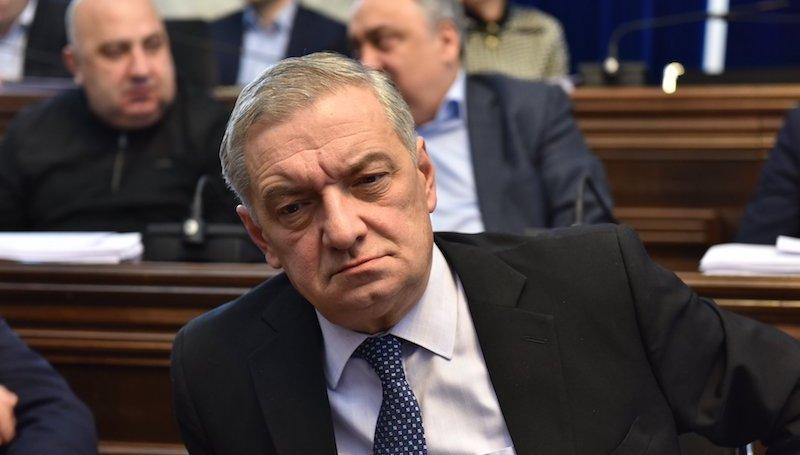 Гия Вольский приветствует идею установить рояль в парламенте Грузии