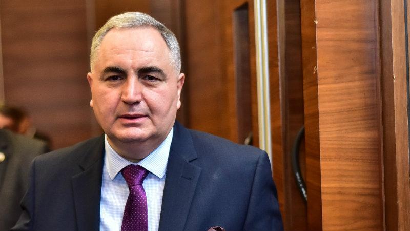 ლარი ეროვნული ბანკის პასუხისმგებლობაა — ირაკლი კოვზანაძე