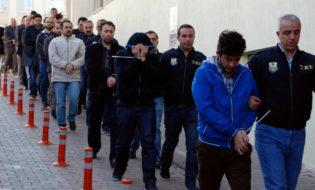 თურქეთში აკავებენ გიულენთან კავშირში ეჭვმიტანილებს. ფოტო: Olcay Duzgun/Dogan News Agency By Patrick Kingsley