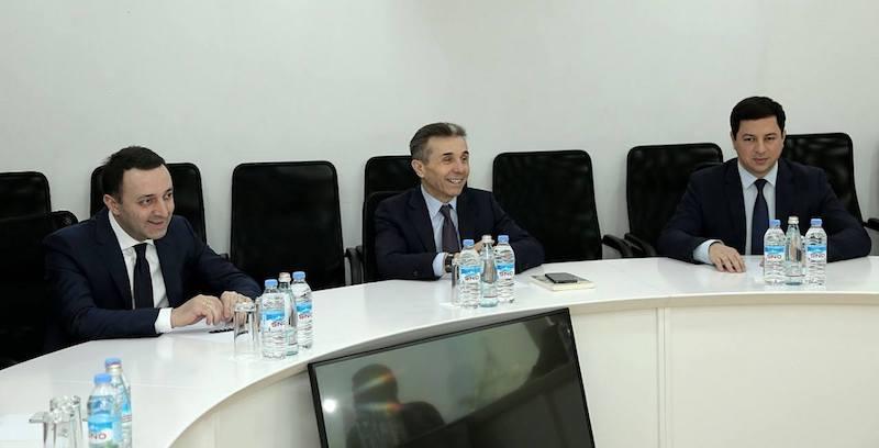 """ღარიბაშვილის დაბრუნება — """"ქართული ოცნების"""" ეპილოგი?"""