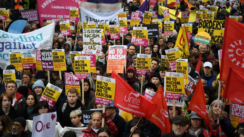 მარში რასიზმისა და ფაშიზმის წინააღმდეგ ლონდონში. ფოტო: EPA-EFE
