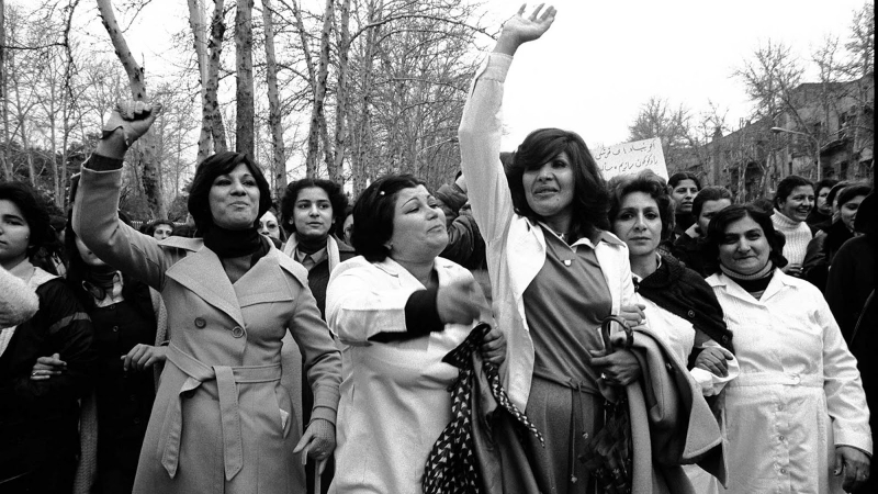 დემონსტრაცია სავალდებულო ჰიჯაბის წინააღმდეგ. თეირანი, ირანი 08.03.79 ფოტო: ჰენგამე გოლესტანი