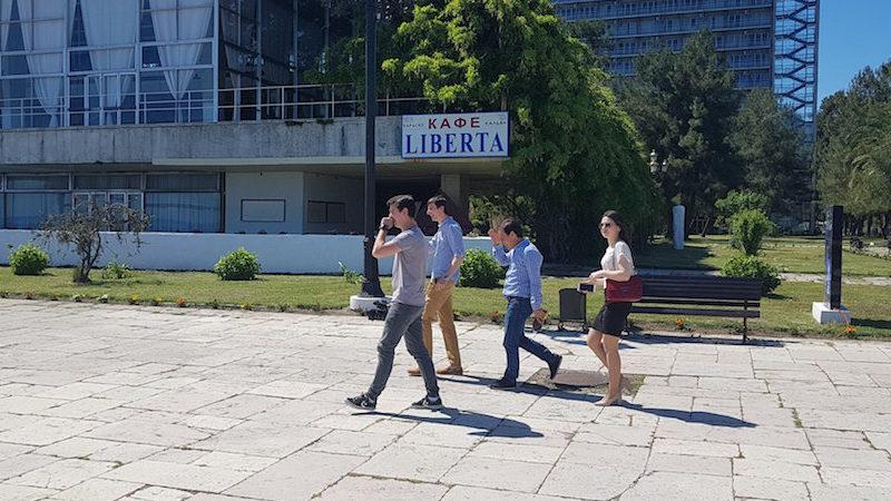 Абхазским первоклассникам разрешили поступать в неабхазские школы