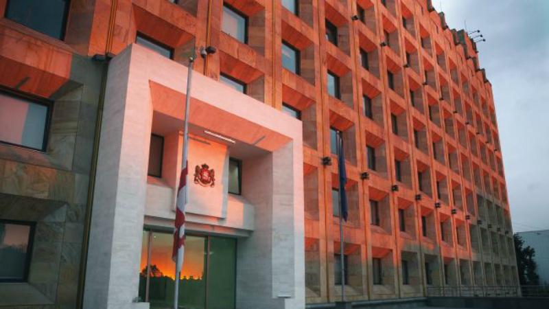 COVID-19: журналистов не допустят на заседание парламента Грузии