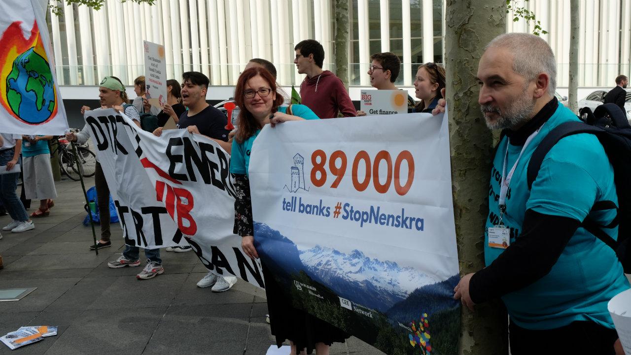 ნენსკრა ჰესის შეჩერების მოთხოვნით 100 000-მდე ხელმოწერა საერთაშორისო ბანკებს გადასცეს