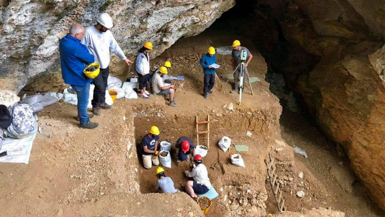 ცუცხვათის მღვიმოვანში 50 000 წლის წინანდელ ნეანდერტალელთა სამოსახლოს იკვლევენ