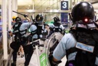 შეტაკებები ჰონგ-კონგის აეროპორტში. ფოტო: EPA/LAUREL CHOR