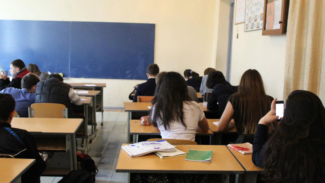 116-ე სკოლაში მოსწავლე ფეხში, სავარაუდოდ, კალმით დაჭრეს