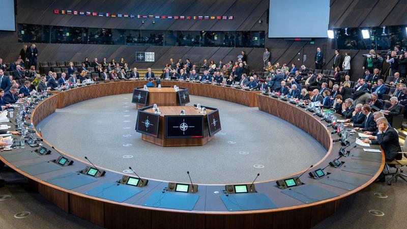 რუსეთი NATO-ში საკუთარ დიპლომატიურ მისიას წყვეტს