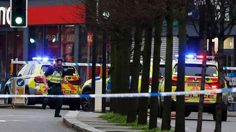 """""""ტერორიზმთან დაკავშირებული ინციდენტი"""" ლონდონთან – მოკლულია თავდამსხმელი"""