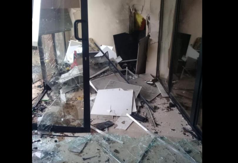 გურიაში, სოფელ კოხნარში სავარაუდოდ საზოგადოებრივი ცენტრის შესასვლელი ააფეთქეს