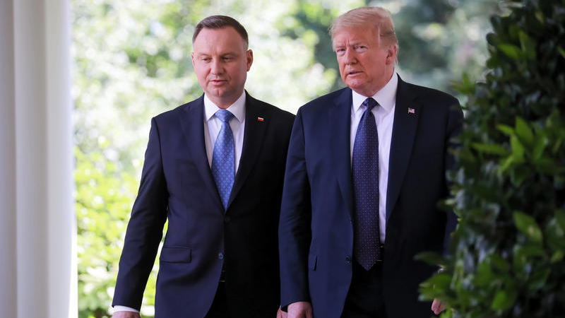 Россия напала на Грузию — президент Польши на встрече с Трампом