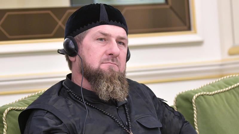 #Кадыровшайтан — флешмоб в поддержку подростка, которому угрожал Кадыров