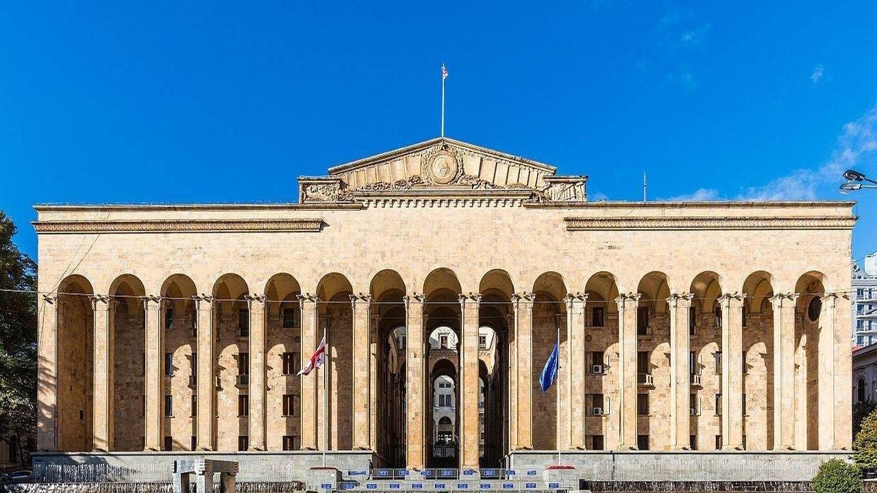 Каким будет однопартийный парламент Грузии?