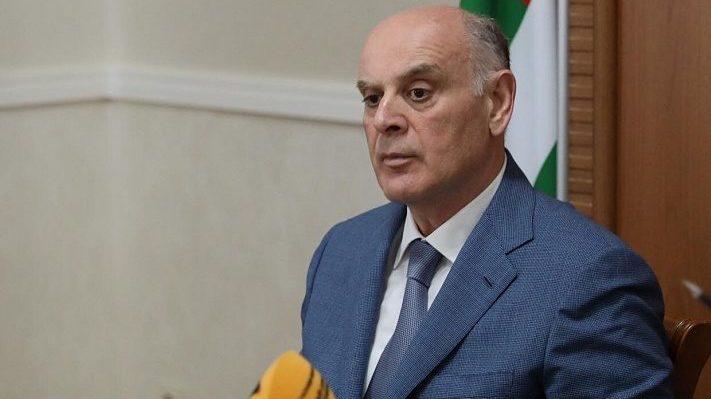 Бжания поздравил Лукашенко с «убедительной победой»