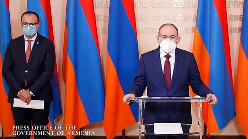 Премьер-министр Армении Никол Пашинян «отпустил в отпуск» министра здравоохранения