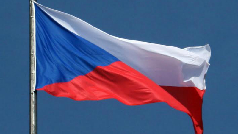 Чехия выдворяет из страны 63 российских дипломата