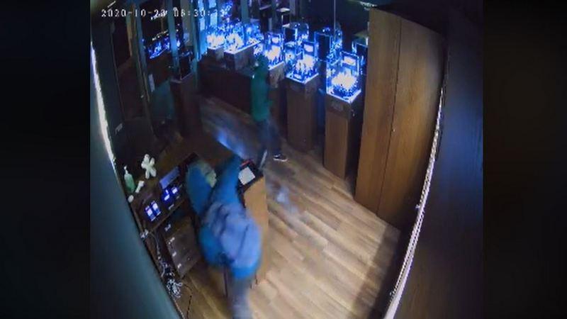 В Тбилиси произошла попытка ограбления дизайнерского магазина