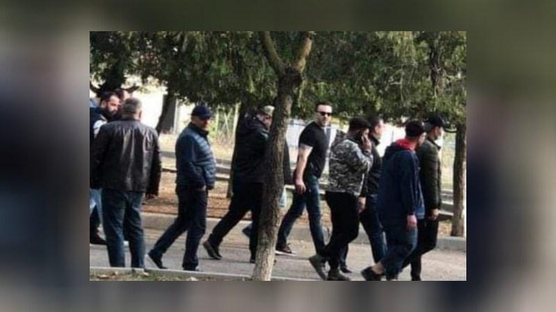 Кандитат от ЕНД: фото с оружием сделано не у избирательного участка