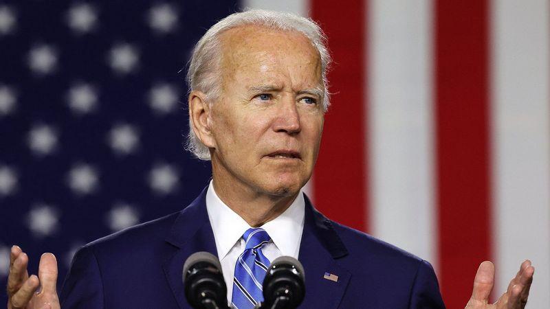 Первые 17 указов Джо Байдена на посту президента США