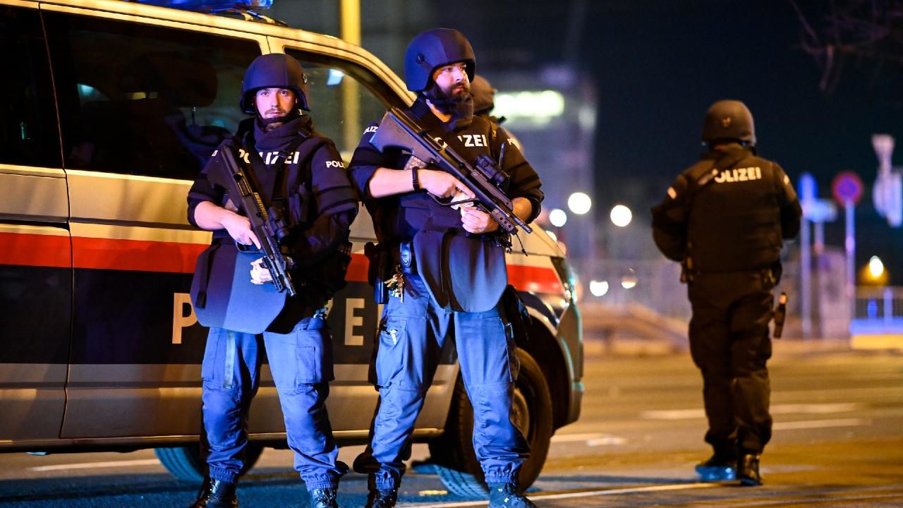 Теракт в Вене. Есть погибшие и пострадавшие