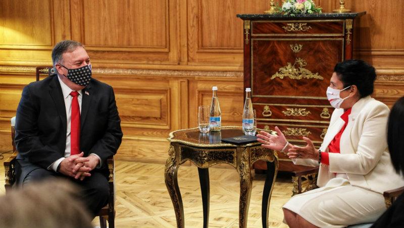 მაიკ პომპეო საქართველოს პრეზიდენტს შეხვდა