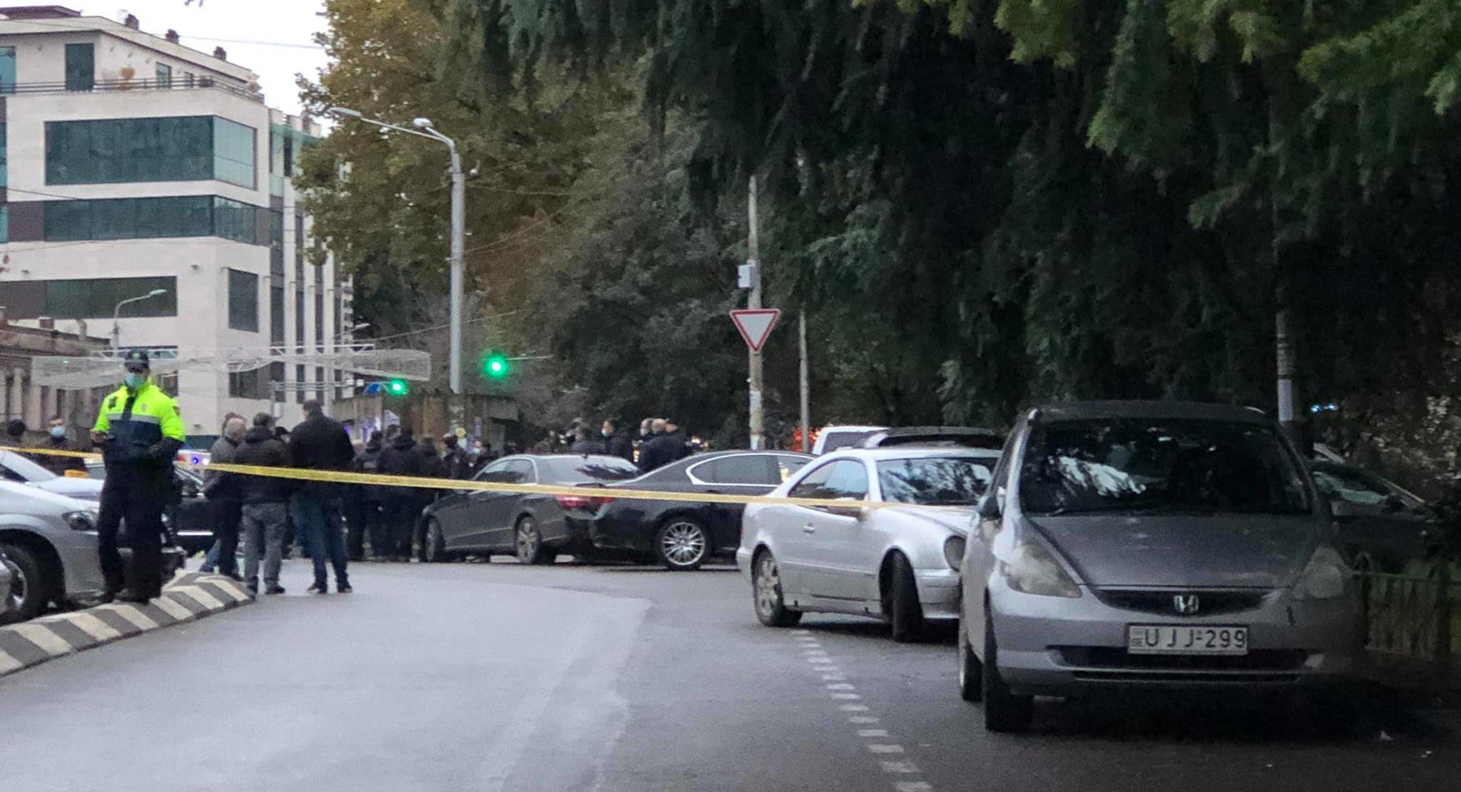 В Тбилиси совершено нападение на офис микрофинансовой организации