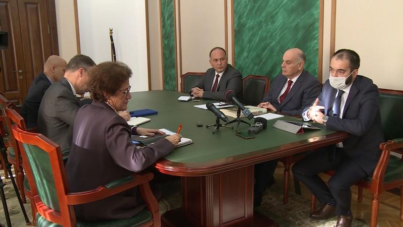Сопредседатели женевских дискуссий прибыли в Абхазию