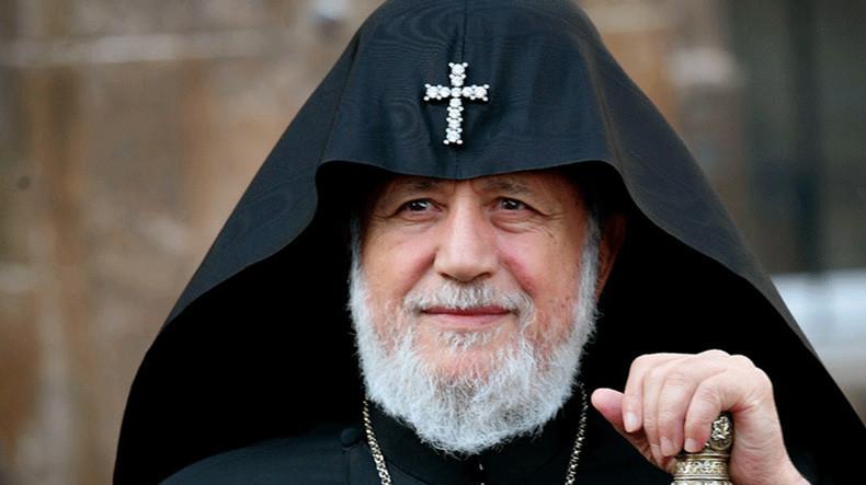 Глава армянской Апостольской церкви призвал Пашиняна покинуть пост премьера