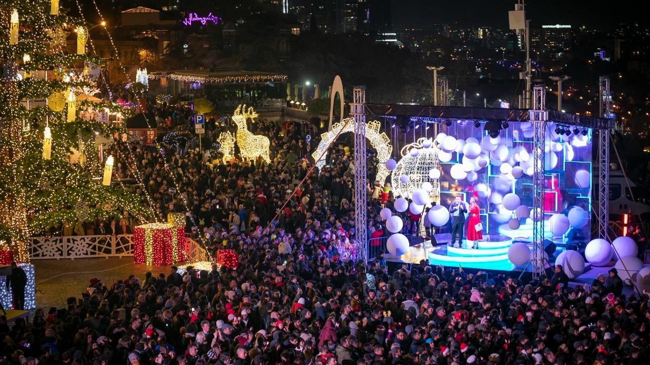 Мэрия Тбилиси планирует потратить на новогодний концерт без зрителей 491,000 лари