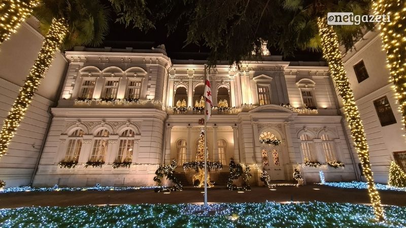 Концерт во дворе Президентского дворца пройдет без зрителей