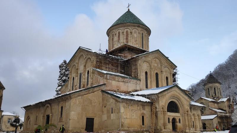 Реабилитацию монастырского комплекса Гелати продолжит новая компания