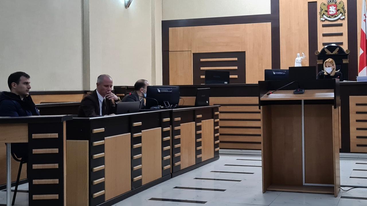 ესებუაა ენმ-ის ოფისში და მის დასაჭერად არიან სპეცრაზმელები? – მელიას ადვოკატი მოსამართლეს
