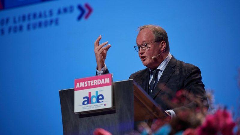 Президент ALDE призывает освободить Нику Мелия