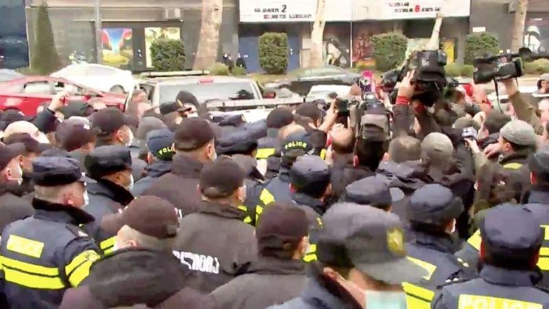 სახელმწიფო ინსპექტორი 19 თებერვლის აქციაზე პოლიციის მხრიდან ძალის სავარაუდო გადამეტებას გამოიძიებს