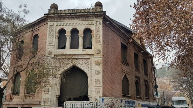ქარვასლის შენობა ახლა. ფოტო: ნეტგაზეთი/მიხეილ გვაძაბია