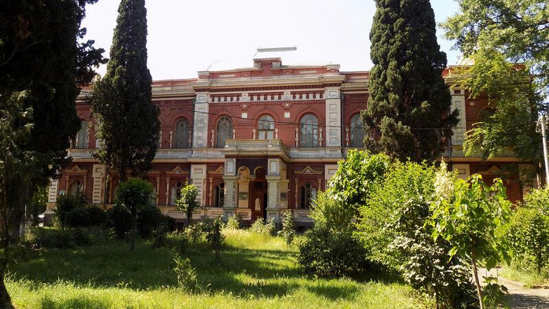 В Грузии приступили к реставрации Государственного музея шелка