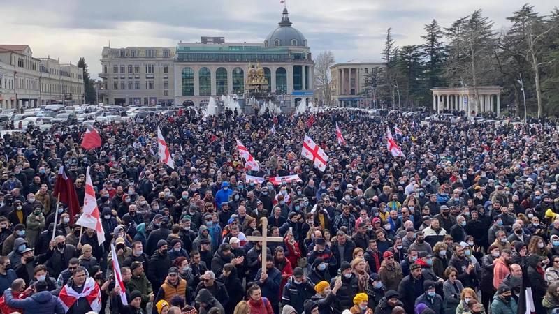 В парламенте Грузии готовы ответить на вопросы по Намахвани ГЭС