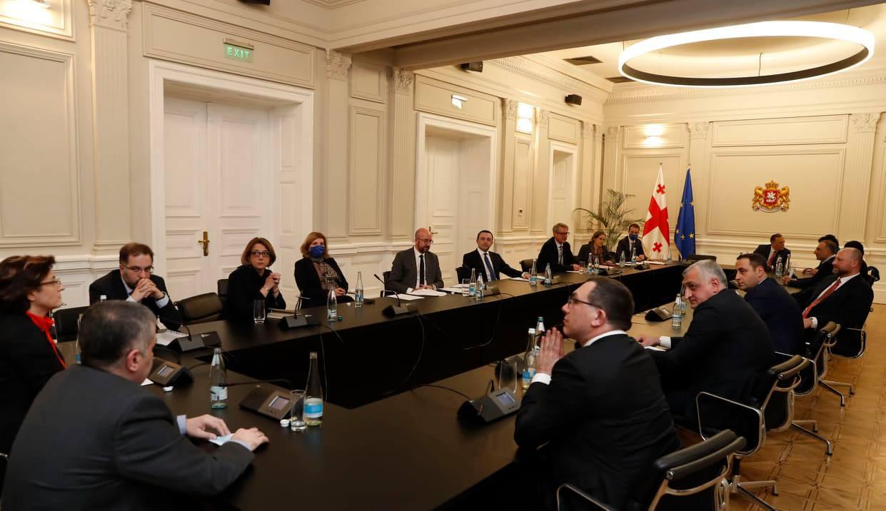 Оппозиция: вопрос участия премьера Грузии в переговорах, не должен стать поводом к обвинению в срыве диалога