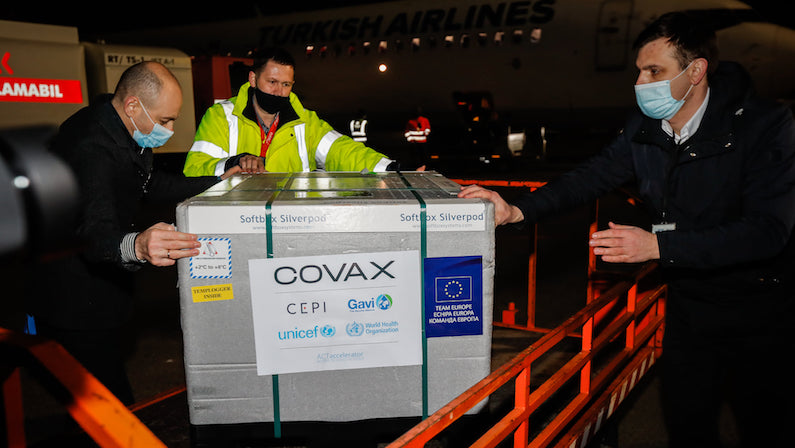 Молдова получила первые 14,400 доз вакцины через платформу COVAX