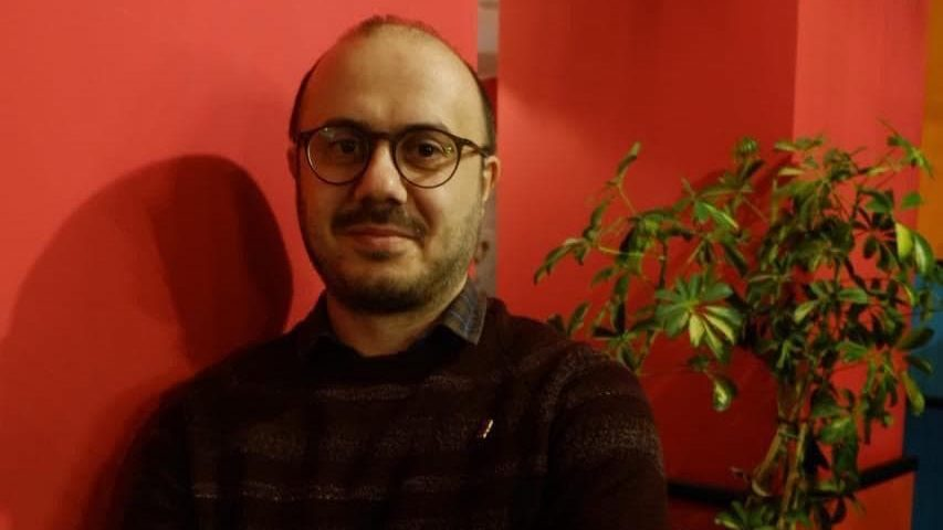 """""""აზერბაიჯანში წიგნის გამოცემით ფულს ვერ იშოვი"""" – მცირე გამომცემლობის გამოწვევები"""