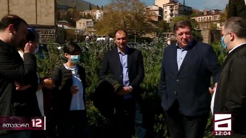 Грузинская оппозиция начала проводить встречи с населением