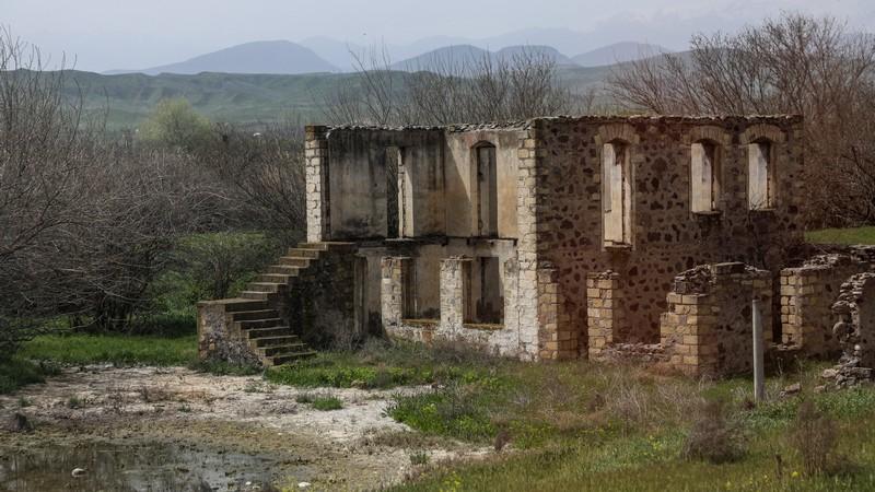 Ереван сообщил о смерти армянского солдата, Баку опровергает эту информацию