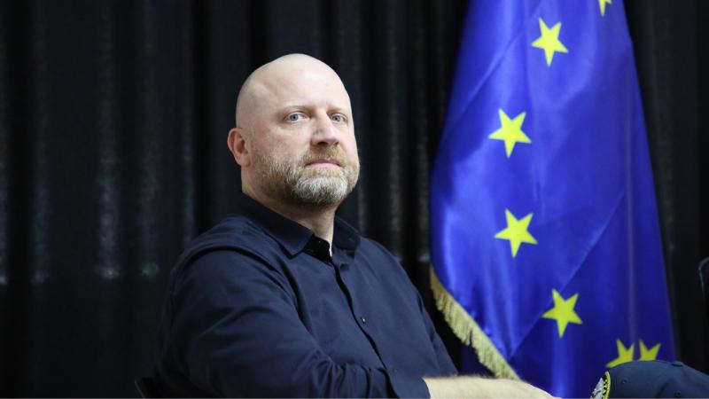Лидер партии «Гирчи — Больше свободы» покинул парламент Грузии