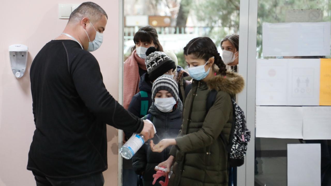 Очный учебный процесс в школах и университетах Грузии возобновится 4 октября